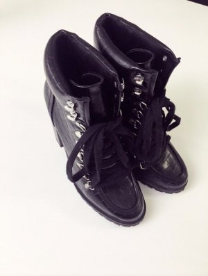 New Look Lace-up Booties black