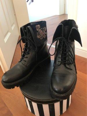 Zara Bottes à lacets noir