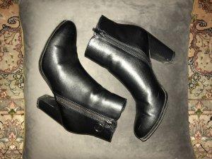 Graceland Heel Boots black leather
