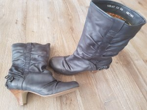 Stiefel mit kleinem Absatz, weicher Schacht