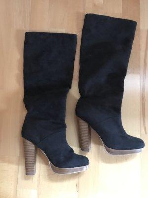 Stiefel mit Kontrastabsatz