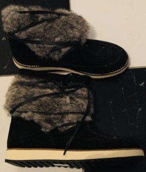 Stiefel mit Kunstpelz