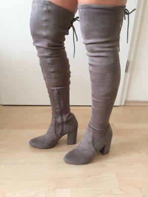 Farina for NA-KD Botas sobre la rodilla marrón grisáceo