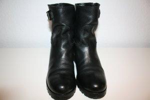 Prada Halfhoge laarzen zwart Leer