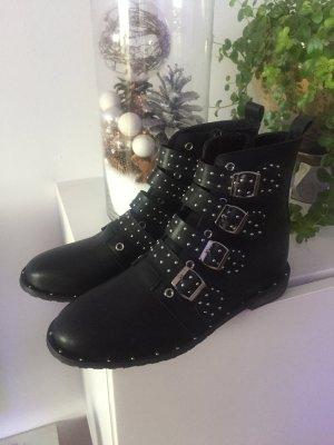 Boots black-silver-colored