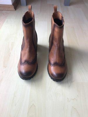 Borceguíes negro-marrón