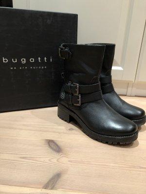 Stiefel von Bugatti