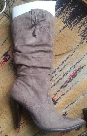 Stiefel von Chedive, Leder, beige, Größe 39