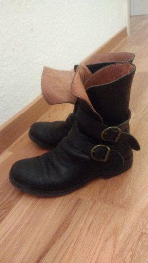 Stiefel von Fiorentini & Baker