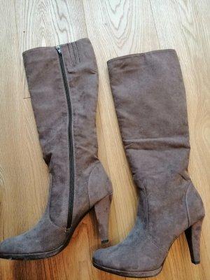 f082726547558e Stiefel Wildleder-Optik graubraun Größe 40-41