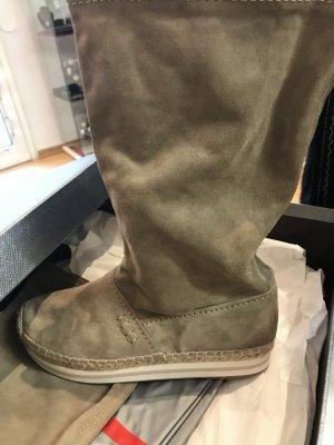 Stiefelchen von Prada