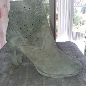 Gerry Weber Cut Out Booties grey