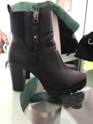 Winter Booties black imitation leather