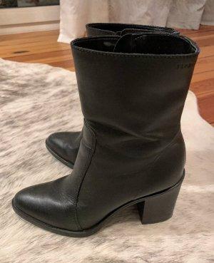 Esprit Botte courte noir cuir