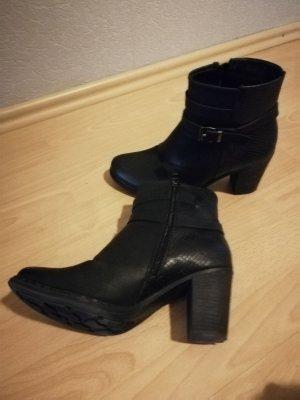 Stiefelette Boots Stiefel schwarz Gr. 39 Zustand sehr gut