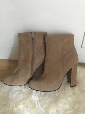 Buffalo London High Heel Boots beige