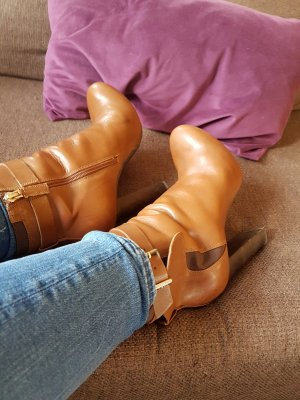 Stiefelette Guess