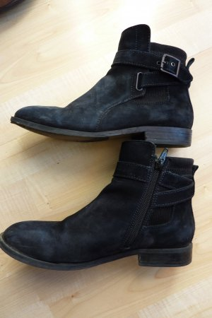 Andrea Sabatini Booties black leather