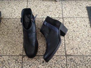 Stiefelette schwarz echt Leder Gr. 38 NEU