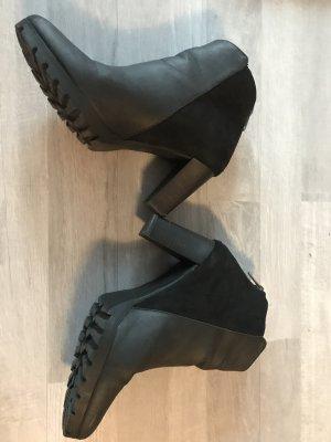 Stiefelette schwarz Gr 39 schwarz