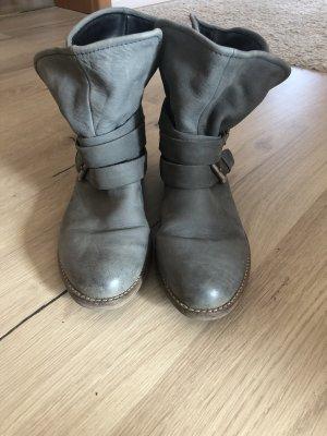 Spm Slip-on Booties grey