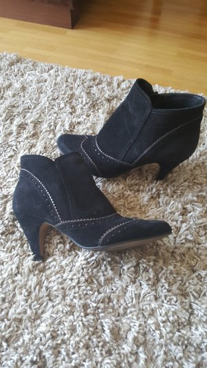 Stiefelette Taupage