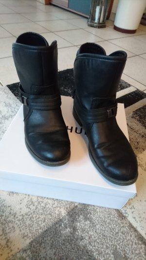 Stiefelette von Marco Tozzi in schwarz mit Schnalle