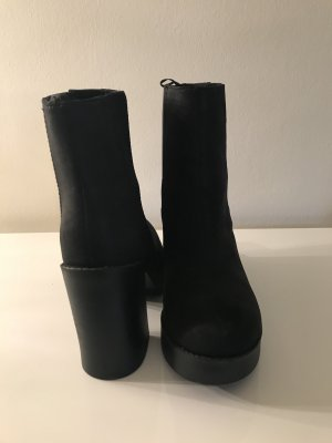 H&M Divided Stivaletto con plateau nero