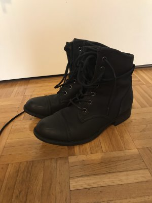 Deichmann Bottines à lacets noir