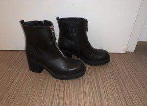 Deichmann Low boot noir