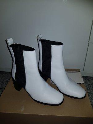 Zara Slip-on Booties white-black