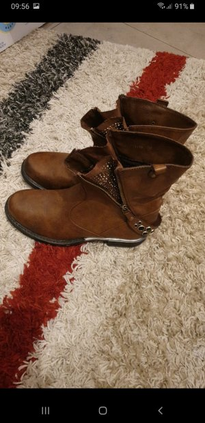 Slip-on Booties brown