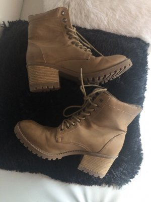 Primark Lace-up Booties beige