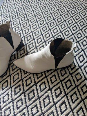 Slip-on Booties white-natural white