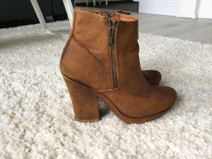 Western Booties brown-cognac-coloured