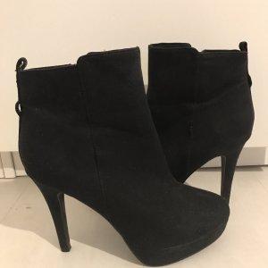 H&M Patucos con punta abierta negro