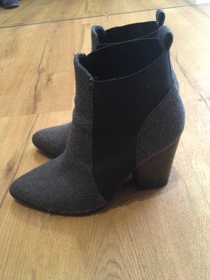 Another A Scarpina di lana grigio-nero