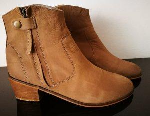 Stiefeletten Ankle Boots von COX aus Echtleder in Gr. D 40