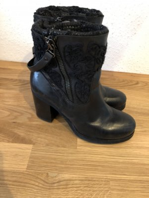 Biondini Booties black