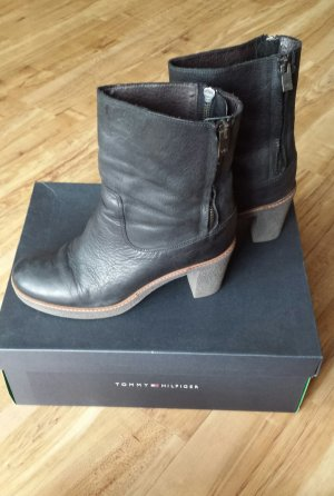 Tommy Hilfiger Booties black-grey
