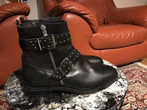 Deichmann Booties black