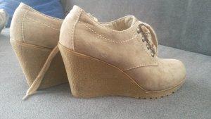 Stiefeletten (Dirnd-Schuhe) mit Keilabsatz von Graceland in 38 !