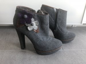 Café Noir Platform Booties multicolored