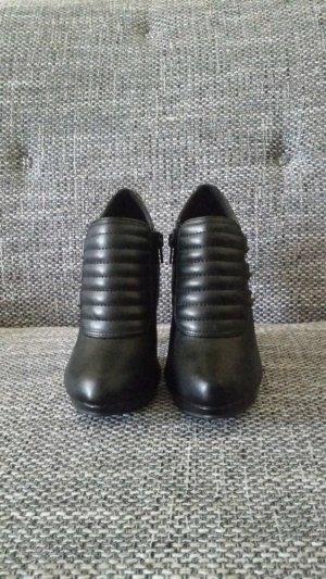 Stiefeletten high heels