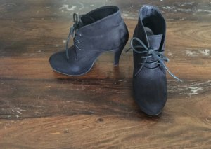 Anna Field Lace-up Booties black