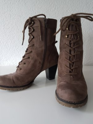 Stiefeletten in Taupe