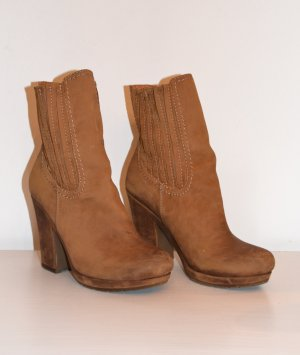 Young Spirit Winter Booties light brown leather