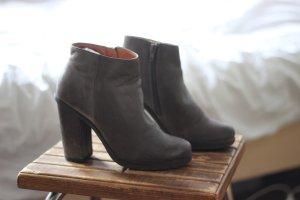 Stiefeletten - Low Boots Gr. 37