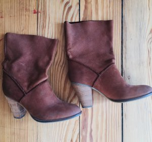 Winter Booties brown