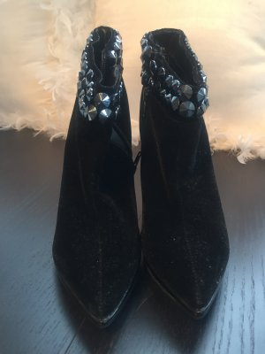 Stiefeletten mit Glitzerapplikationen